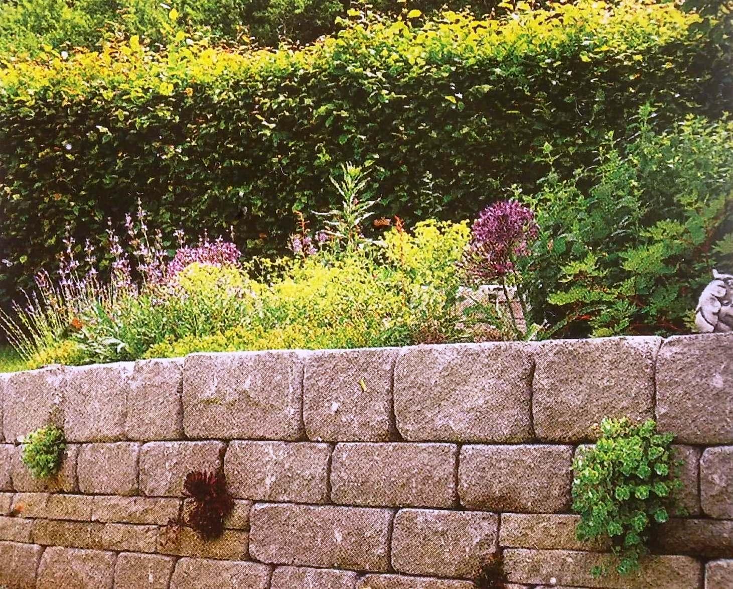 Обязательно ли дреннажировать подпорную стенку